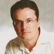 Autor brasileiro de não-ficção